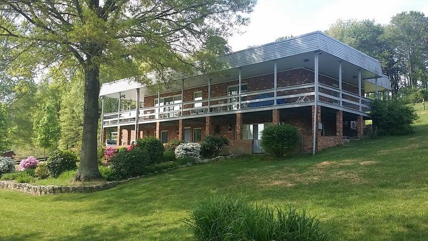 7514 Deer Branch RD, Roanoke, VA 24019