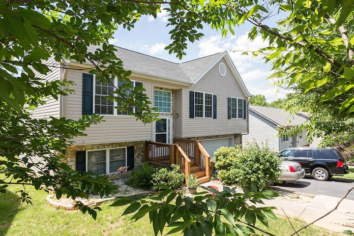 2010 Kay ST NW, Roanoke, VA 24017