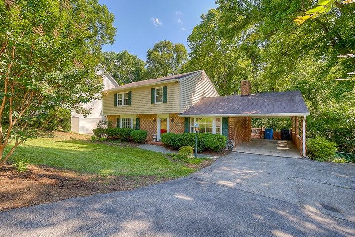 830 Orchard RD SW, Roanoke, VA 24014