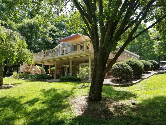 Very private location in Valley Mills Crossing