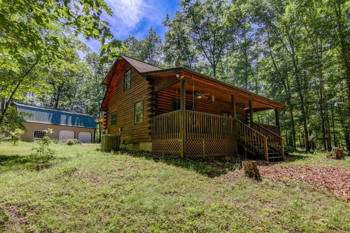 127 Ponderosa RD, New Castle, VA 24127