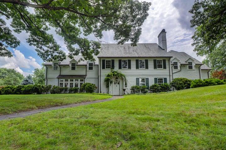 836 Wildwood RD SW, Roanoke, VA 24014