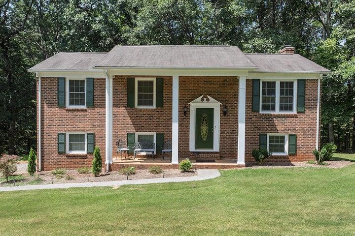 170 Oakdale DR, Boones Mill, VA 24065