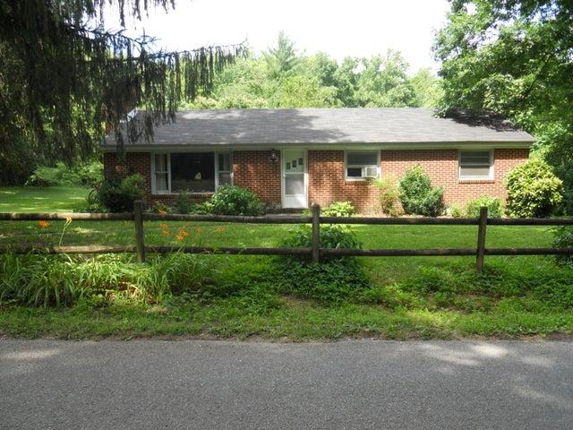 651 Givens Tyler RD, Salem, VA 24153