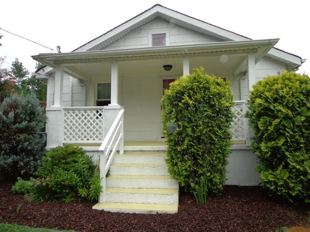 830 Oakview DR, Salem, VA 24153