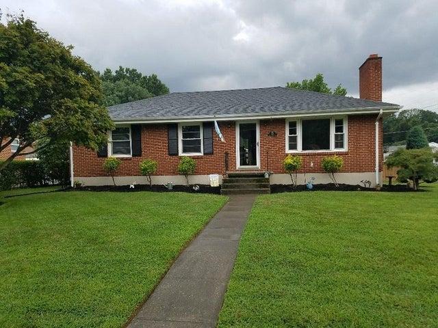 1318 Penley BLVD, Salem, VA 24153