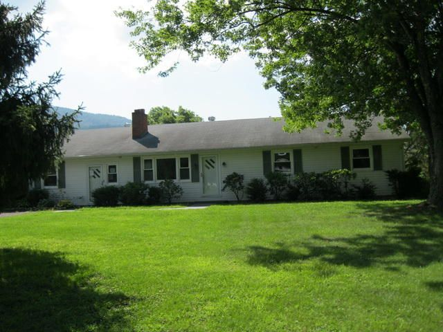 4625 GOOSE CREEK VALLEY RD, Montvale, VA 24122