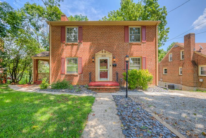 3635 Sunrise AVE NW, Roanoke, VA 24012