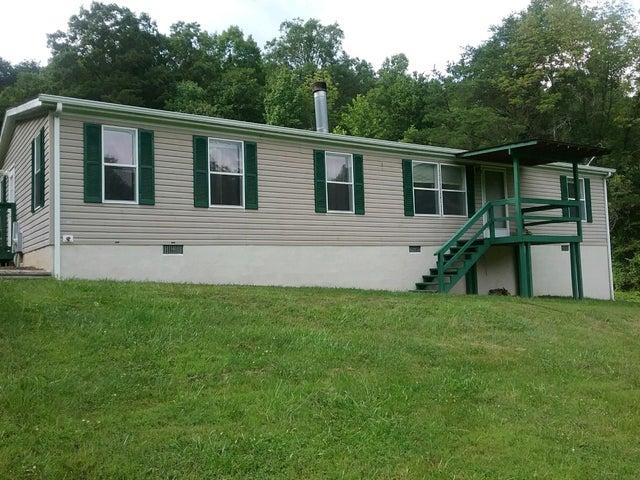 8022 GRACIE RD, Salem, VA 24153