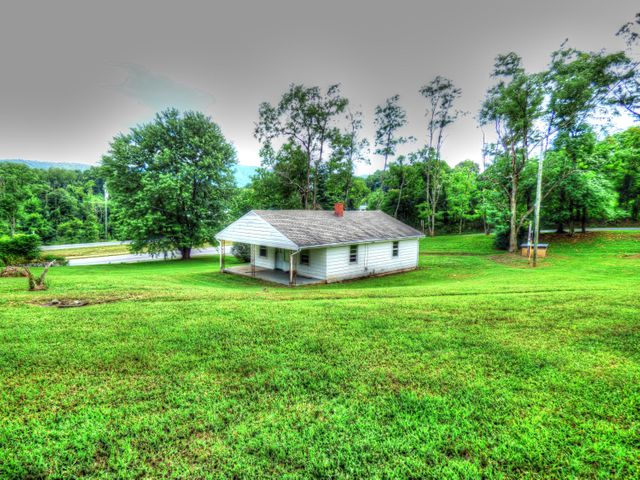 2481 Blue Ridge BLVD, Blue Ridge, VA 24064