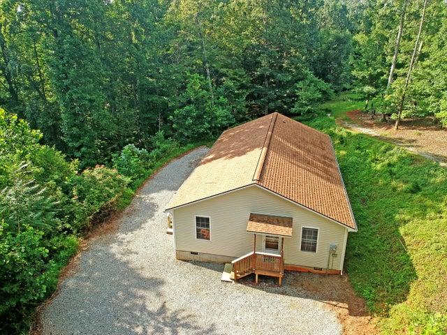 363 Hidden Hill LN, Boones Mill, VA 24065