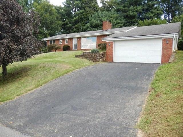 6843 Fair Oaks RD, Roanoke, VA 24019