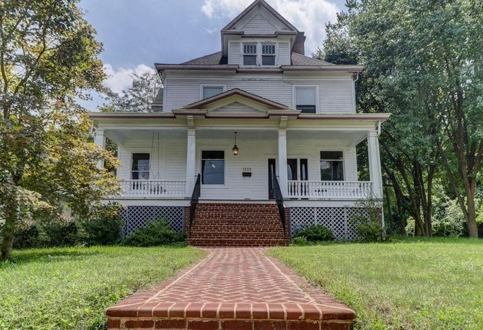 2222 Broadway AVE, Roanoke, VA 24014