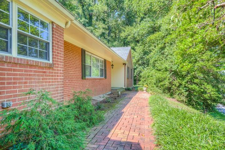 3223 Peakwood DR SW, Roanoke, VA 24014