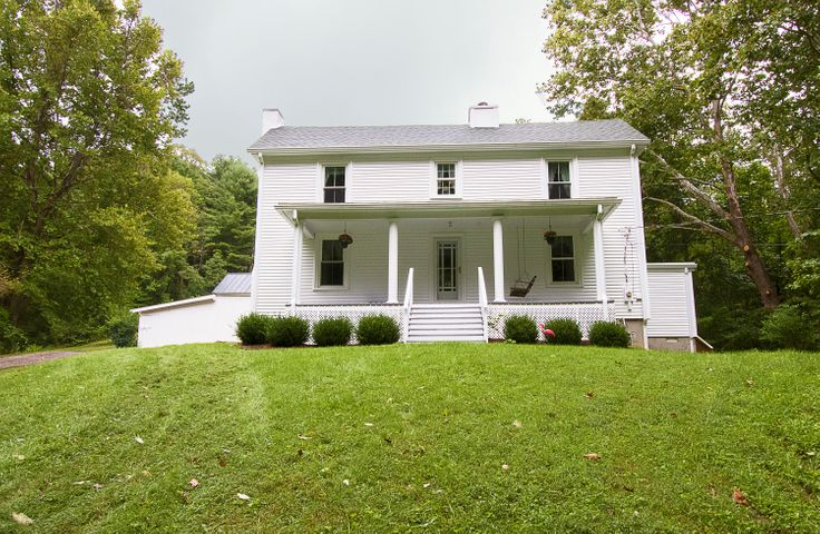 1612 Willis Hollow RD, Shawsville, VA 24162