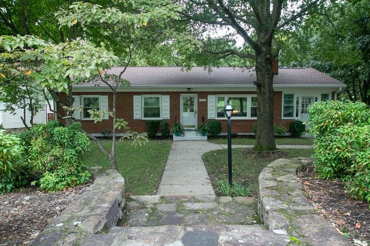 4820 PLEASANT HILL DR, Roanoke, VA 24018