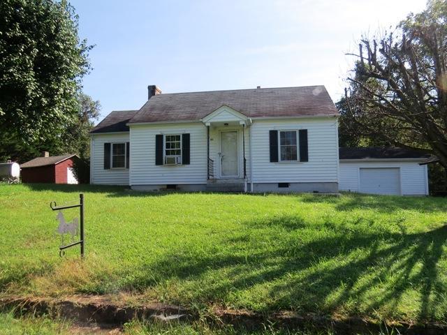 61 Sunbeam RD, Bassett, VA 24055