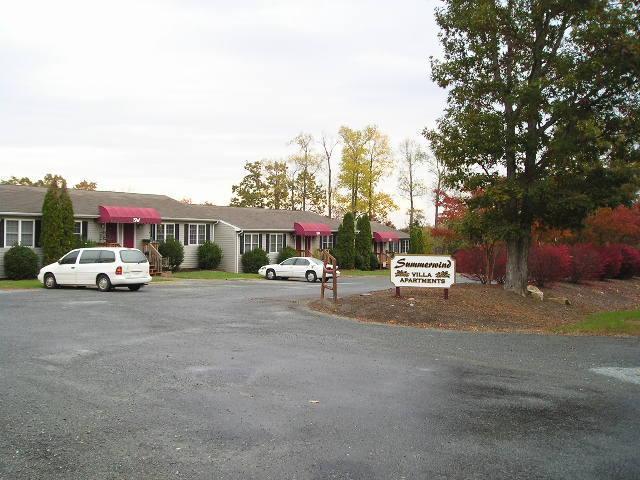 2711 Bluewater DR, Moneta, VA 24121