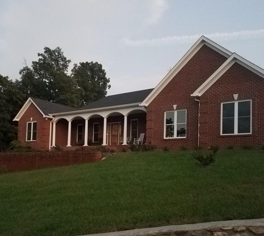 1202 Terrace DR, Salem, VA 24153