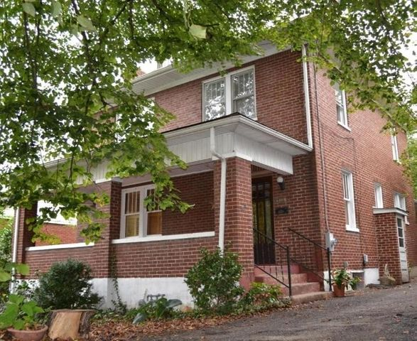 2305 Lyndhurst ST NW, Roanoke, VA 24012