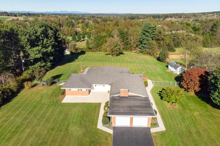 4313 Old Franklin Turnpike, Glade Hill, VA 24092