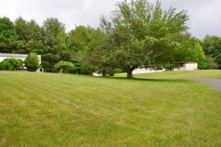 252 Ashbrook LN NW, Willis, VA 24380