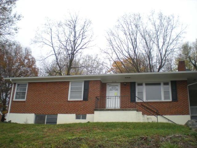 2716 Laburnum AVE SW, Roanoke, VA 24015