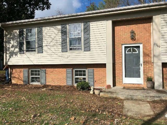 3719 Janney LN, Roanoke, VA 24018