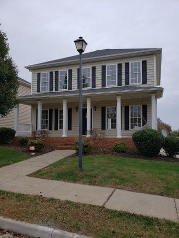 1039 Cranberry CT, Moneta, VA 24121