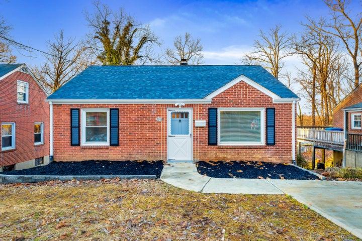 2915 Hollowell AVE SW, Roanoke, VA 24015