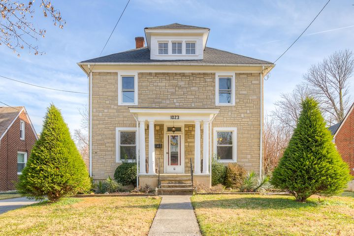 1023 Palm AVE NW, Roanoke, VA 24017