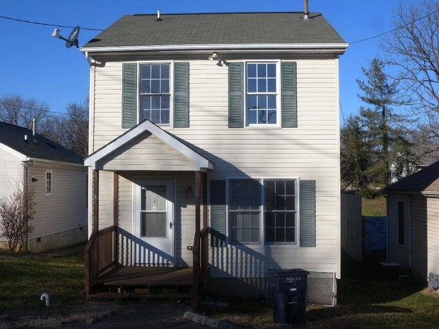 1006 Pocahontas AVE NE, Roanoke, VA 24012