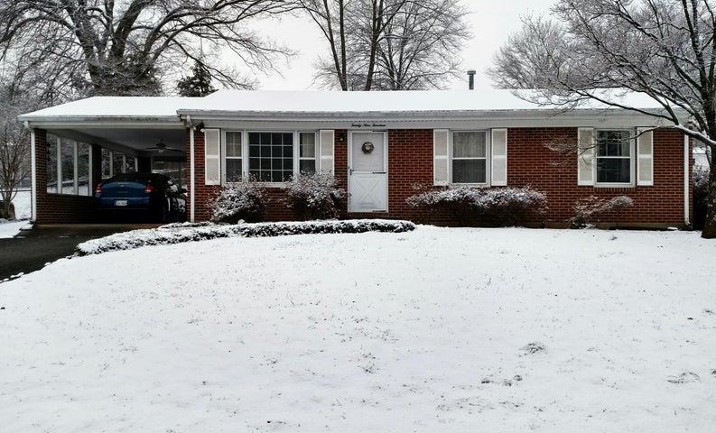 2914 Dover DR, Roanoke, VA 24018