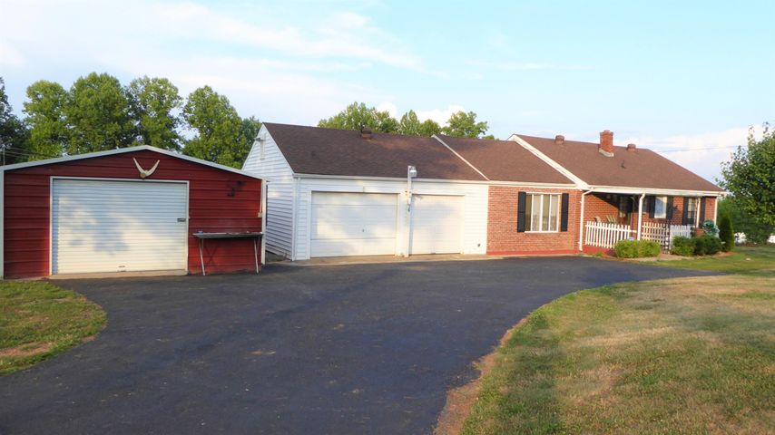 57 HORSLEY RD, Bassett, VA 24055