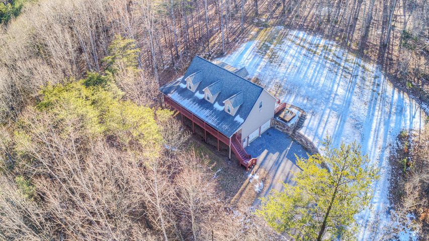 12871 Narrow Passage RD, Eagle Rock, VA 24085