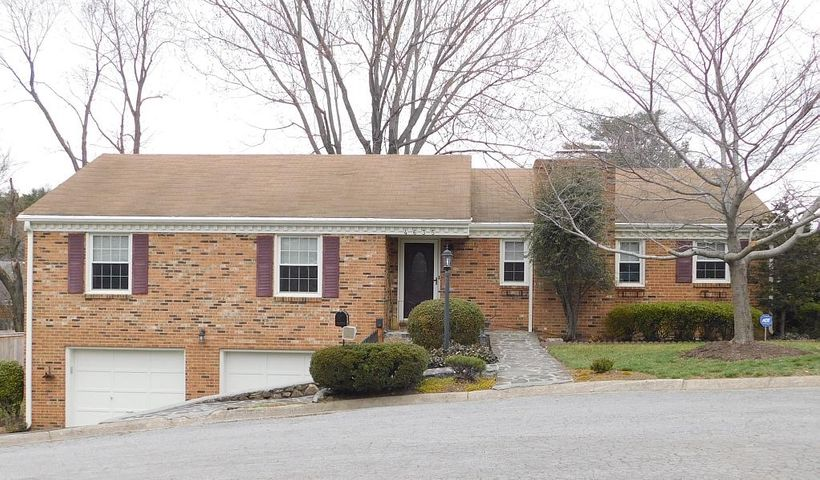 Welcome Home to this awesome brick ranch in SW County!