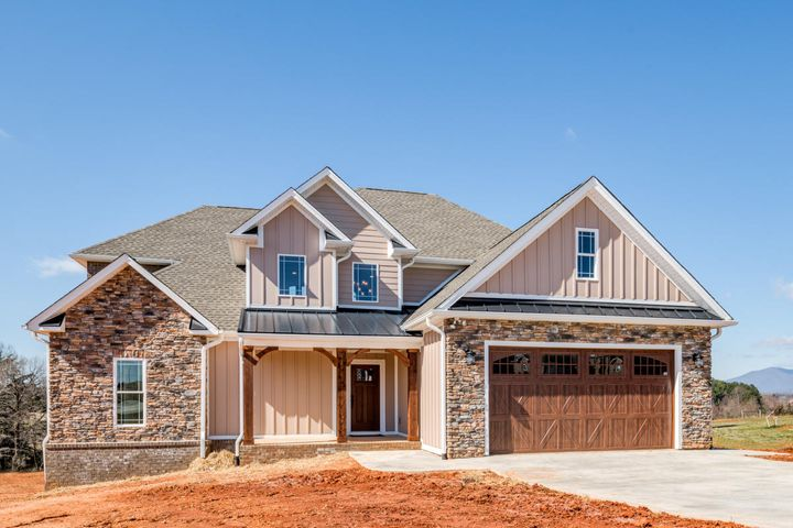 1294 Bradford Crossing PL, Goode, VA 24556