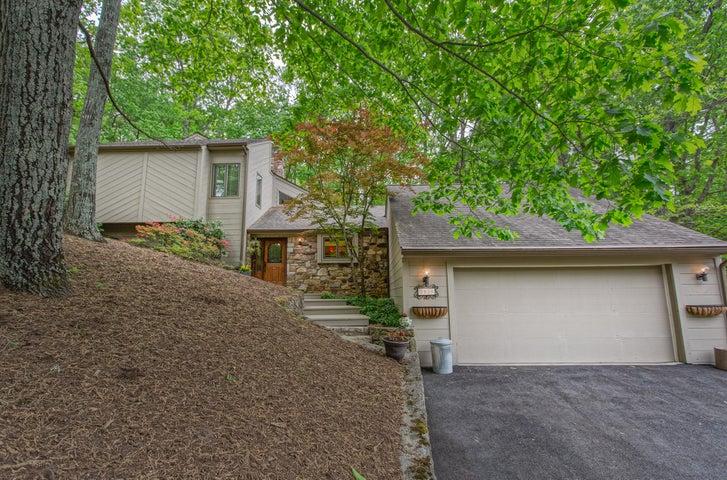 5939 Lakemont DR, Roanoke, VA 24018