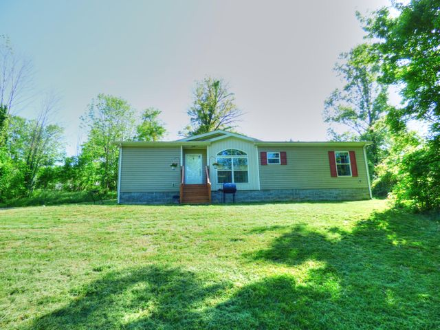 574 Davis RD, Roanoke, VA 24012