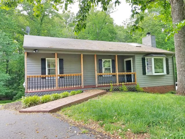 142 Sunrise DR, Forest, VA 24551