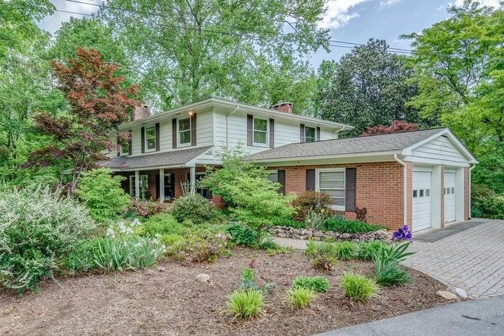 1434 Crestmoor DR SW, Roanoke, VA 24018
