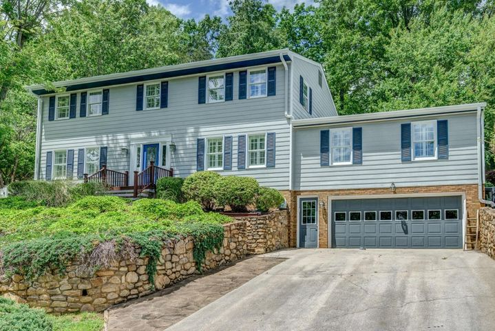 3428 Canter CIR, Roanoke, VA 24018