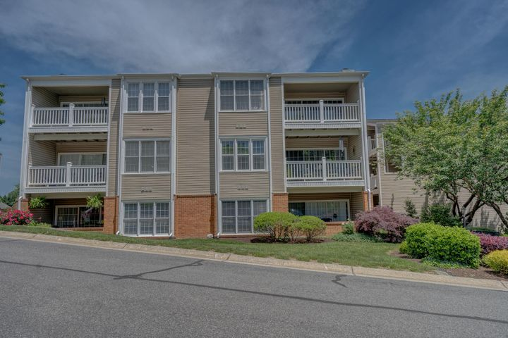 2983 Winterberry DR, Roanoke, VA 24018