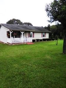 1178 Breezy Hill RD, Vinton, VA 24179
