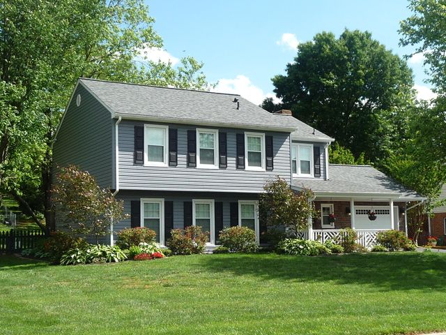 1520 Millwood DR, Salem, VA 24153
