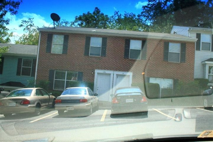 136 Clover Valley CIR, Blacksburg, VA 24060