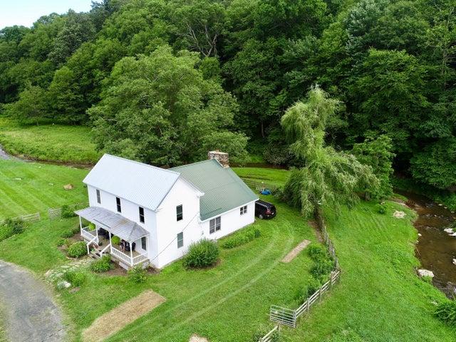 1012 River Ridge RD SE, Copper Hill, VA 24079