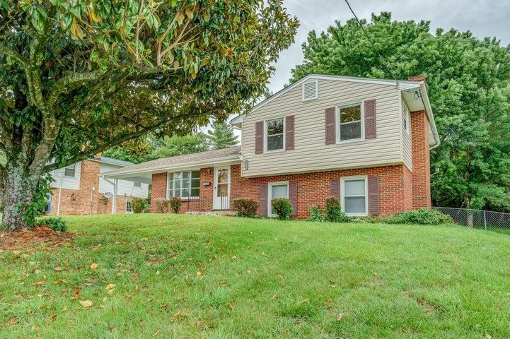 3122 Kershaw RD NW, Roanoke, VA 24017