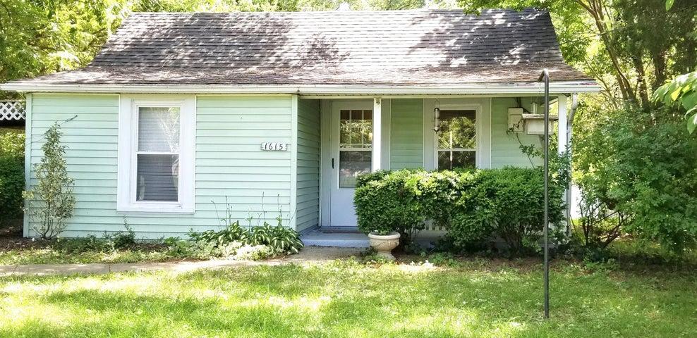 1615 RIVERDALE RD SE, Roanoke, VA 24014