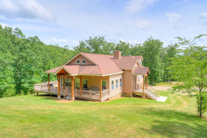 1386 Indian Valley RD NW, Radford, VA 24141